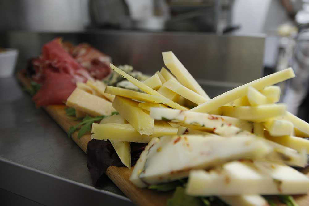 formaggi - Ristorante Bianconiglio